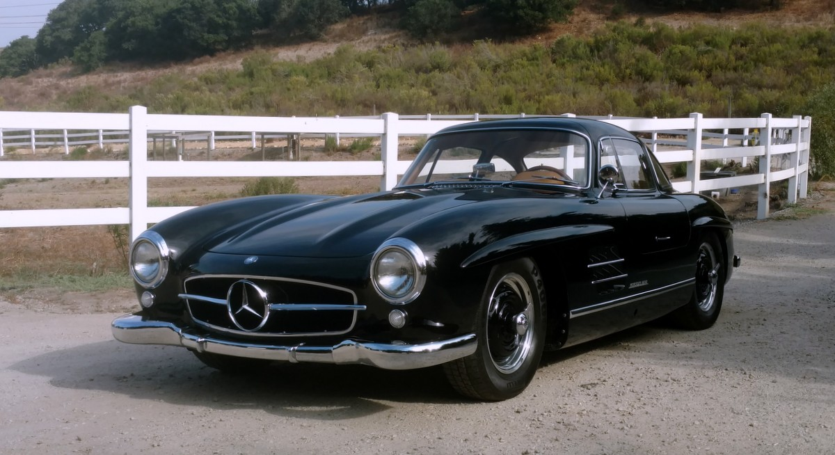 sold 1954 mercedes benz 300sl gullwing scott grundfor. Black Bedroom Furniture Sets. Home Design Ideas