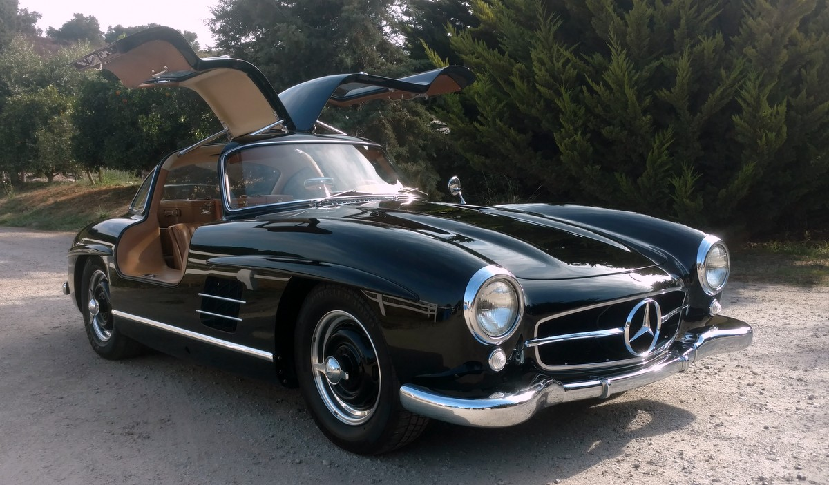 sold 1954 mercedes benz 300sl gullwing scott grundfor company classic collectible mercedes. Black Bedroom Furniture Sets. Home Design Ideas