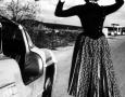 Sophia-Loren-Mercedes-Benz-300SL-Gullwing-1955-Profile-Standing